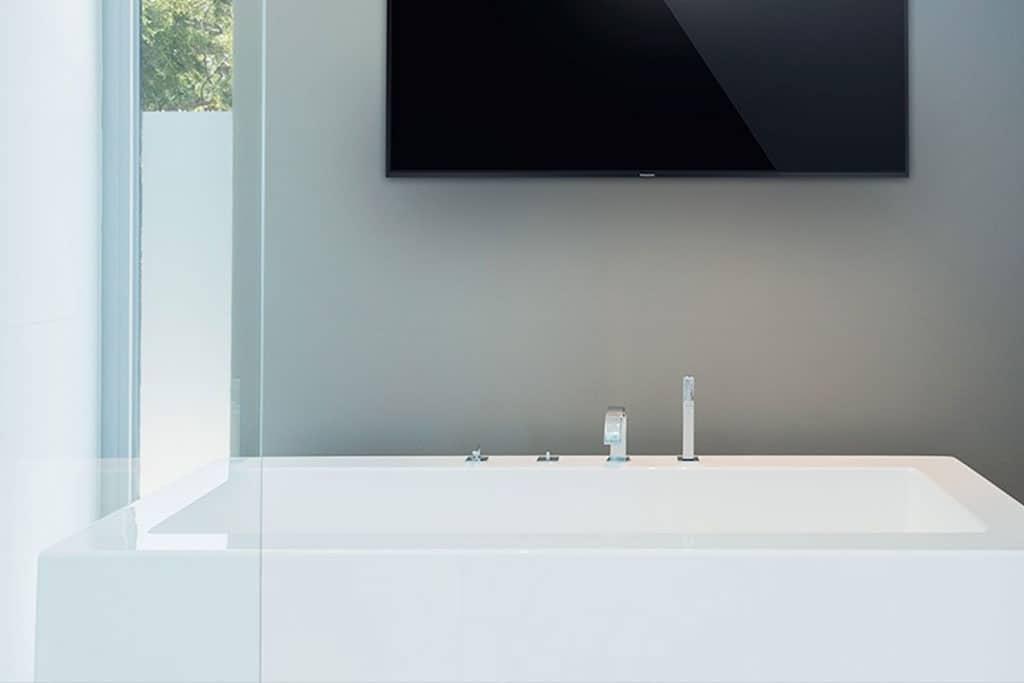 tv ip kabellos fernsehen in jedem raum auf jedem ger t. Black Bedroom Furniture Sets. Home Design Ideas