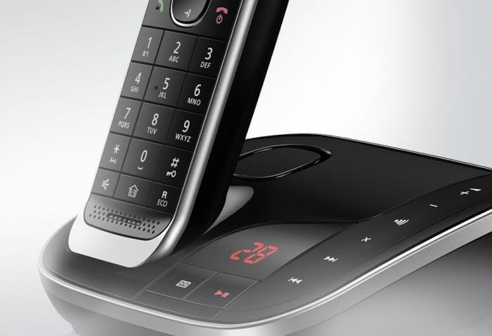 Panasonic_Schnurlostelefon_KX-TGJ323_Zweifarbiges Premium-Design