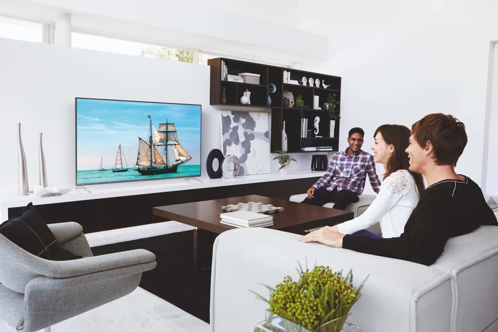 der richtige sitzabstand n her ran an 4k fernseher. Black Bedroom Furniture Sets. Home Design Ideas