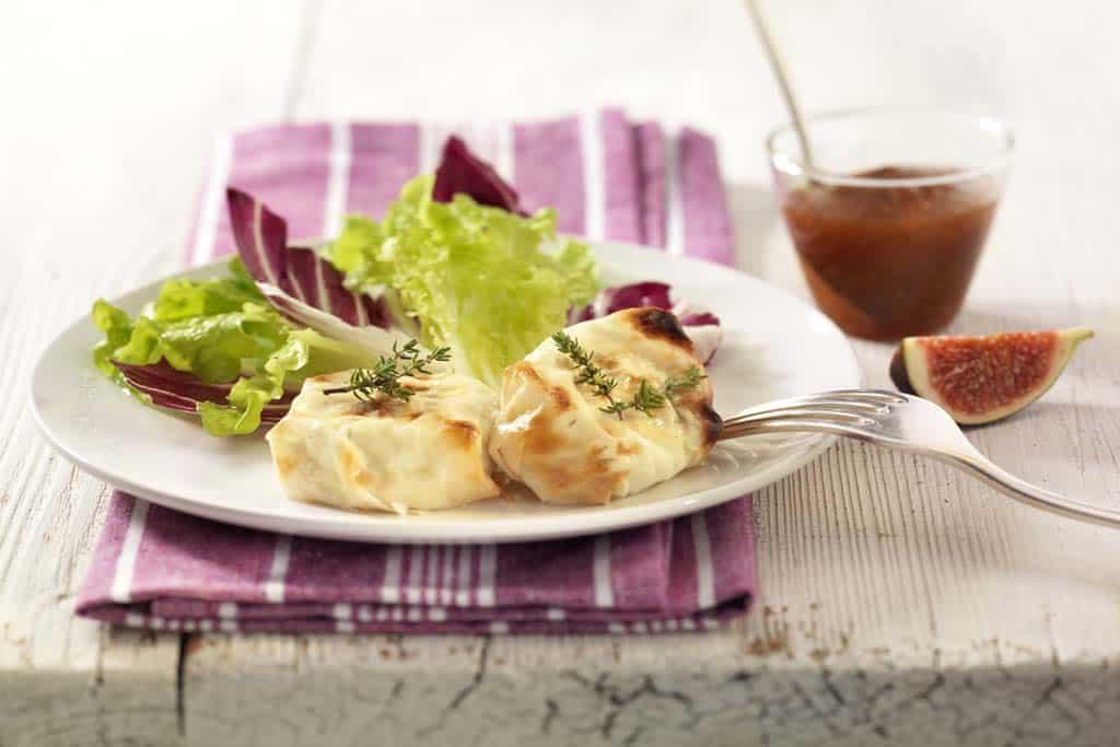 Vegetarisches Rezept für gebackenen Ziegenkäse