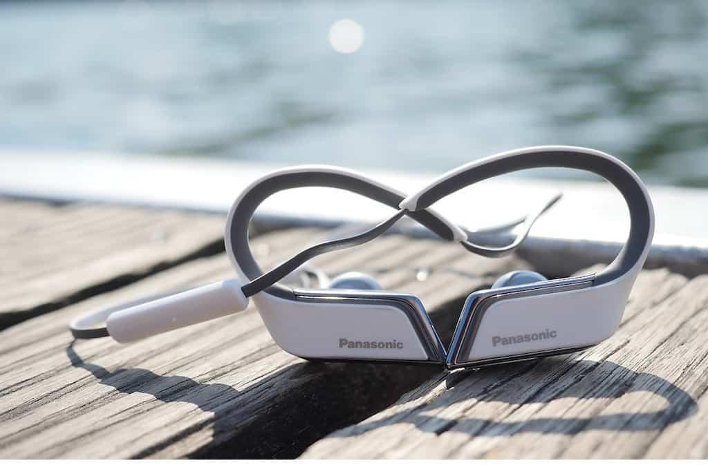 Schnelle Beats beim schweißtreibenden Training: Deutschland-Achter fährt auf Panasonic Sportkopfhörer ab