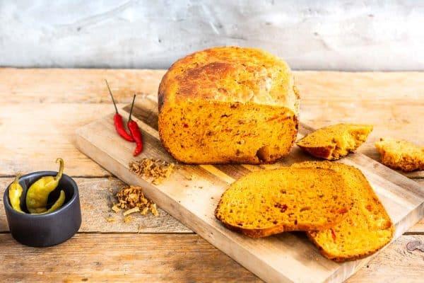 Paprila-Chili-Brot. Eine leckere Idee zum Brot selber backen.