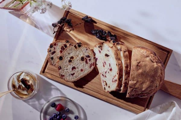 Rosinenbrot mit Cranberries