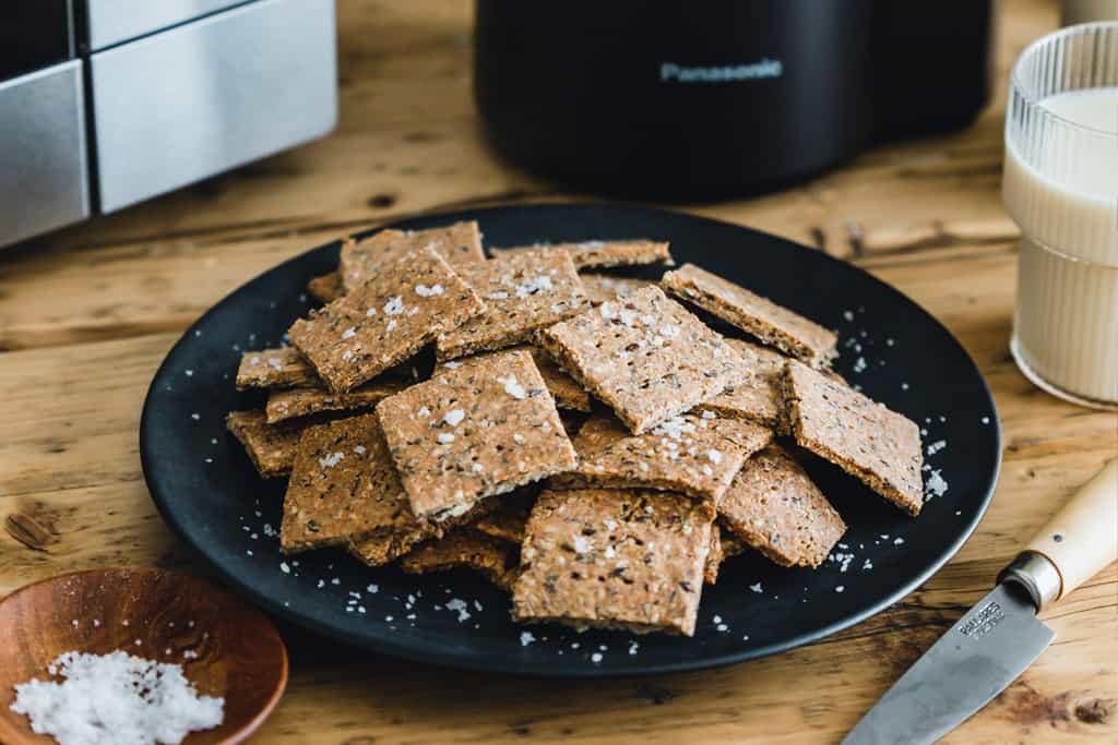 Dinkel-Cracker selber machen