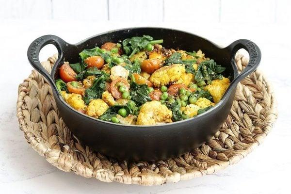 Schnelles Blumenkohl-Curry aus dem Kombi-Ofen.