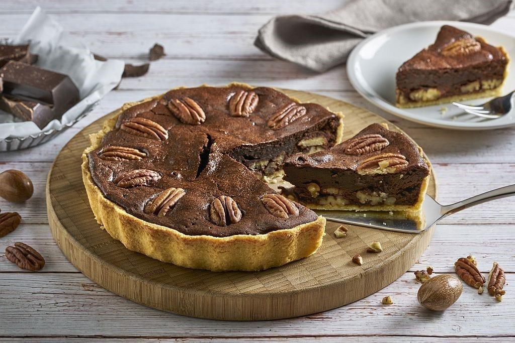 Schokoladen-Tarte mit Pekannüssen